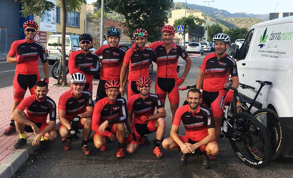 Componentes del Club Xàbia Bikers en Orba
