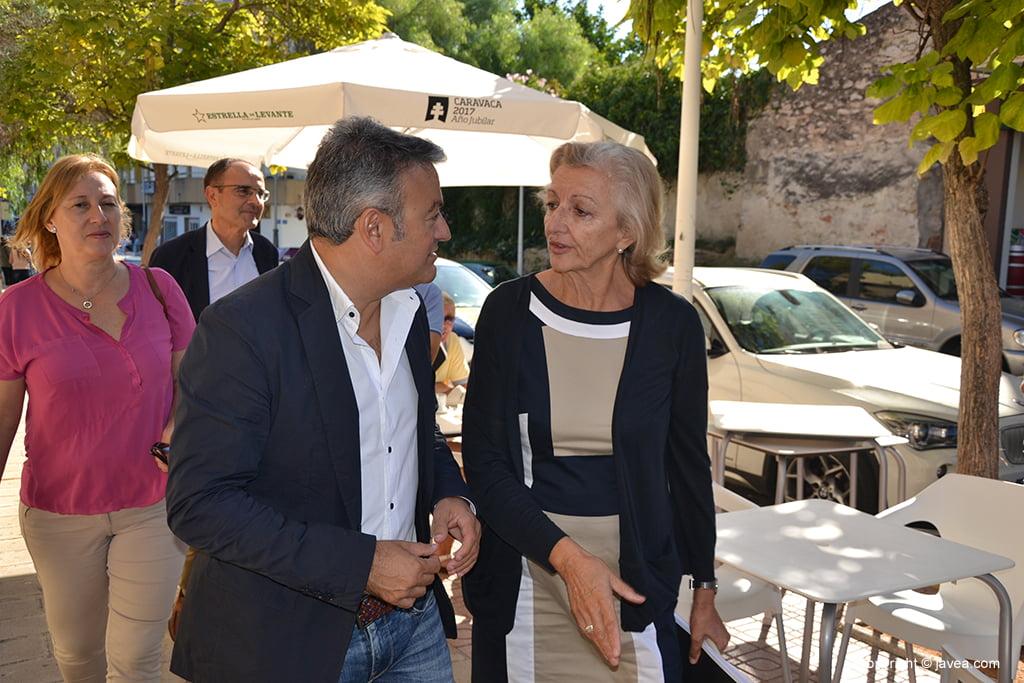 La directora estuvo acompañada por el alcalde de Xàbia