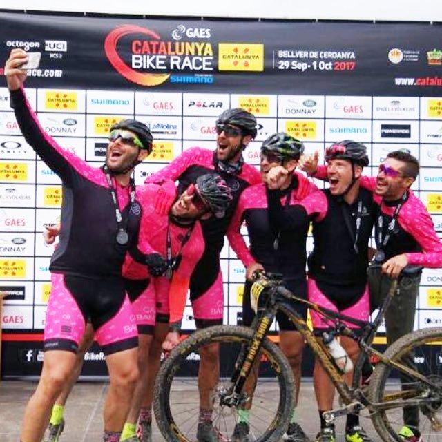 Los ciclistas xabieros tomando un selfie
