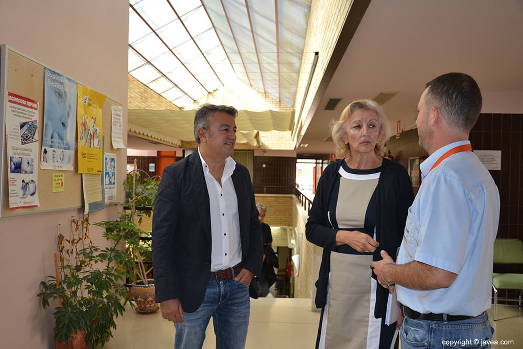 Visitan desde Conselleria al Centro de Salud Jávea