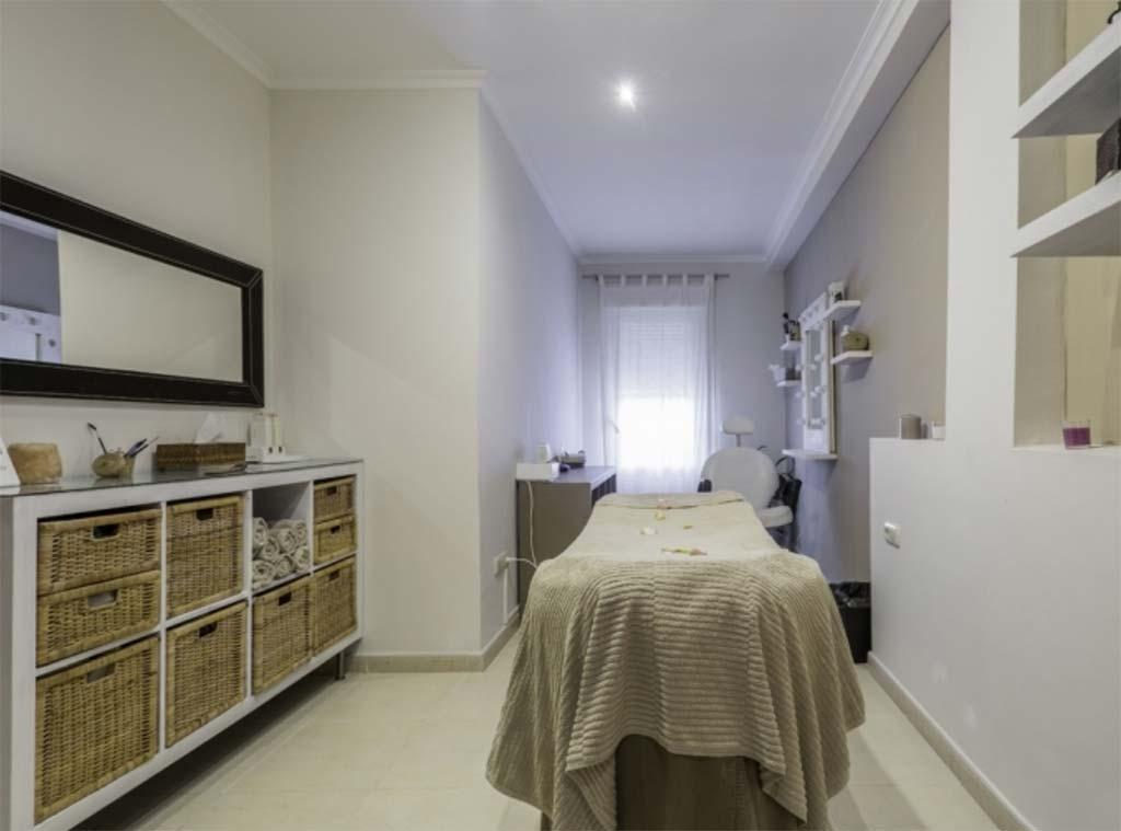 Sala o dormitorio moraguespons mediterranean houses for Dormitorio sala