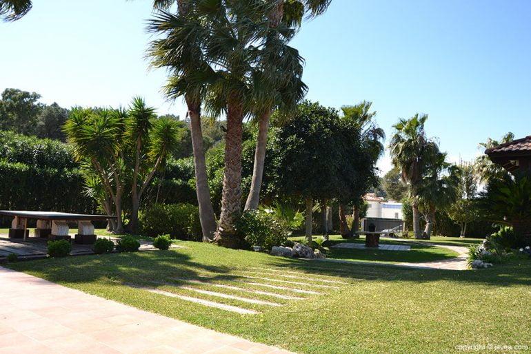 Mantenimiento jardines ServiGardens