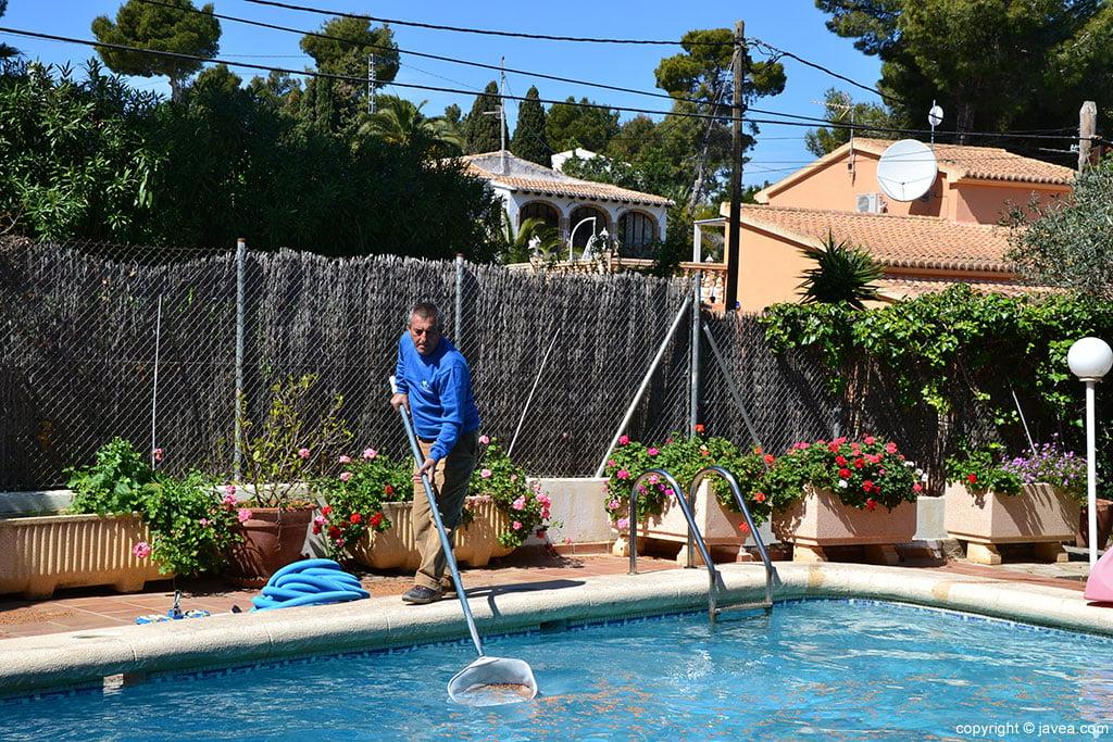 Mantenimiento piscina ServiGardens
