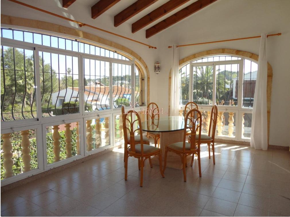 Grans finestrals i menjador Xabiga Immobiliària
