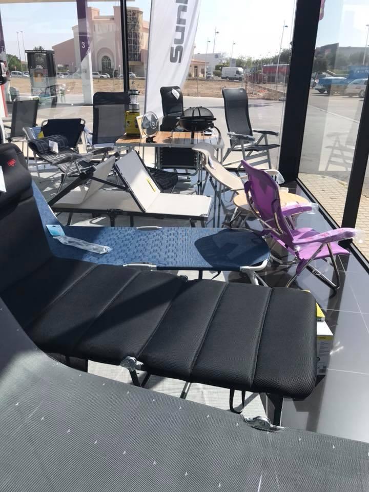 Carvisa tumbonas y sillas