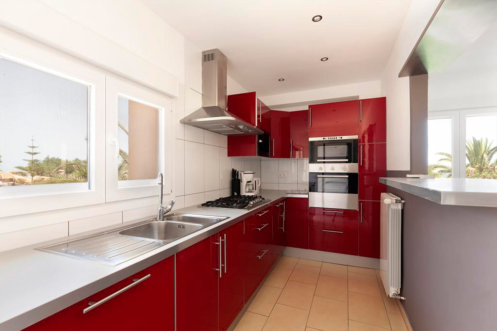 Cocina quality rent a villa j x for Cocinas quality