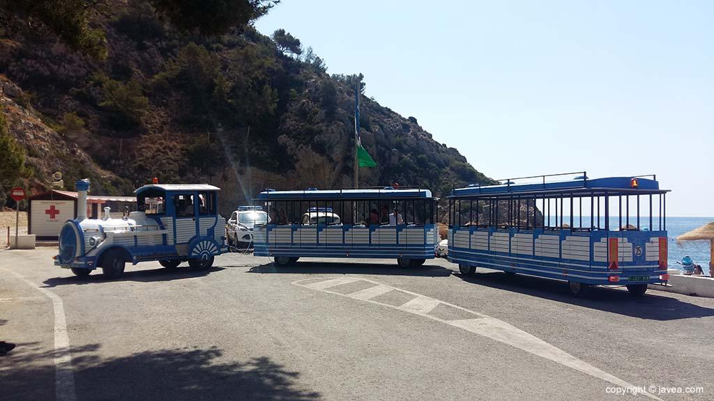 Het trenet in de Cala de la Granadella