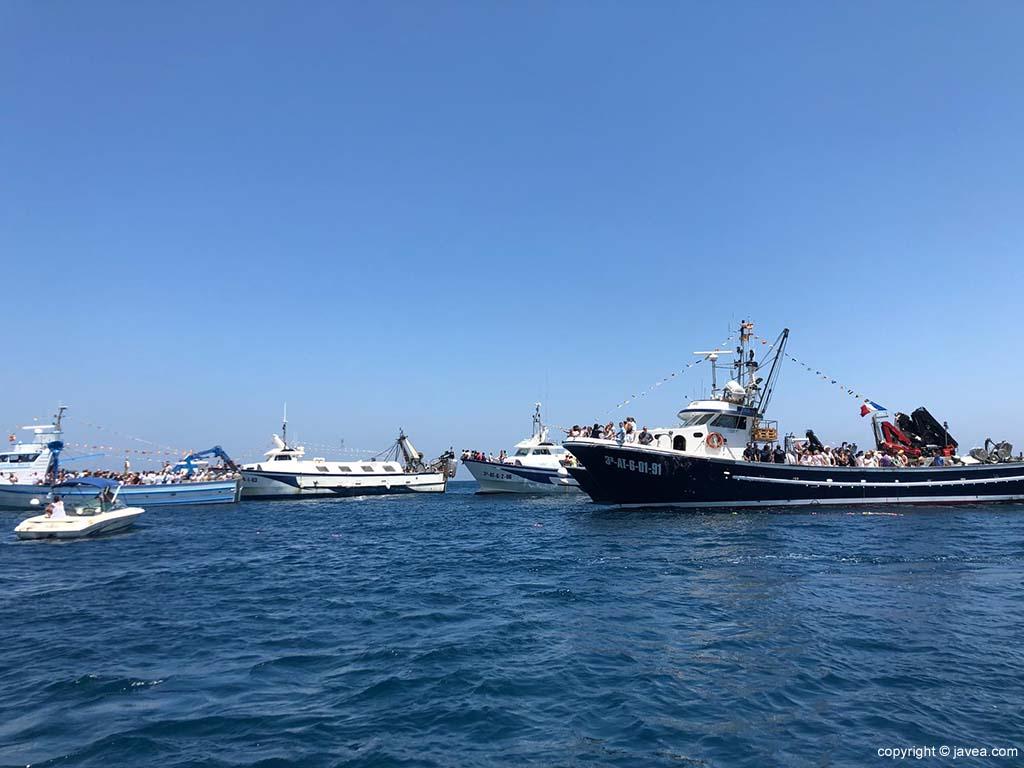 Las embarcaciones acompañaron a la Virgen del Carmen en procesión