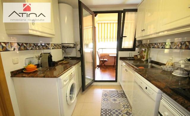 Cocina ático-dúplex Atina Inmobiliaria
