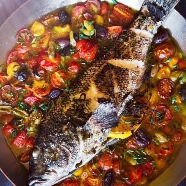 Pescado del día Taberna Mediterránea