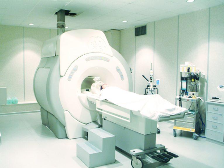 Resonancia magnética Hospital Clínica Benidorm