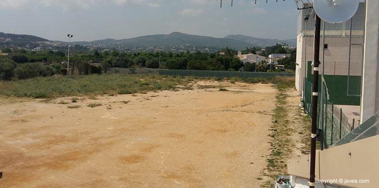 Parcela donde se construirá el nuevo pabellón