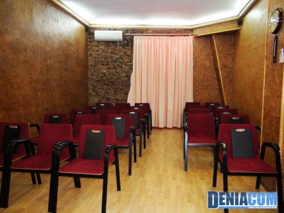 The English Institute Dénia Sala de proyección
