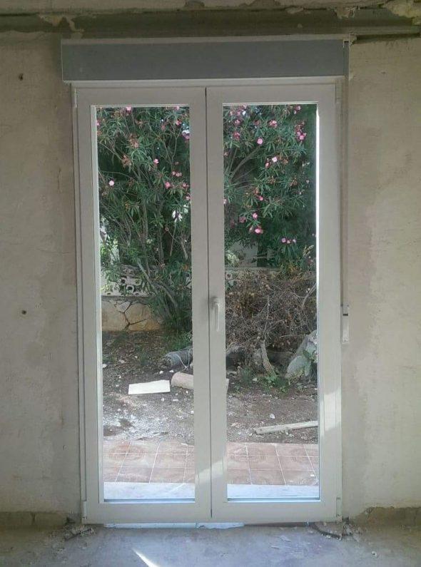 Installation d'une nouvelle fenêtre par Alucardona