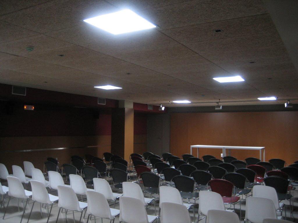Iluminación sala Solatube Levante