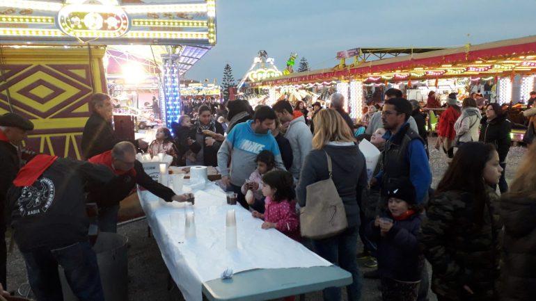 Chocolatada por la Penya La Burrera en la Feria de Atracciones