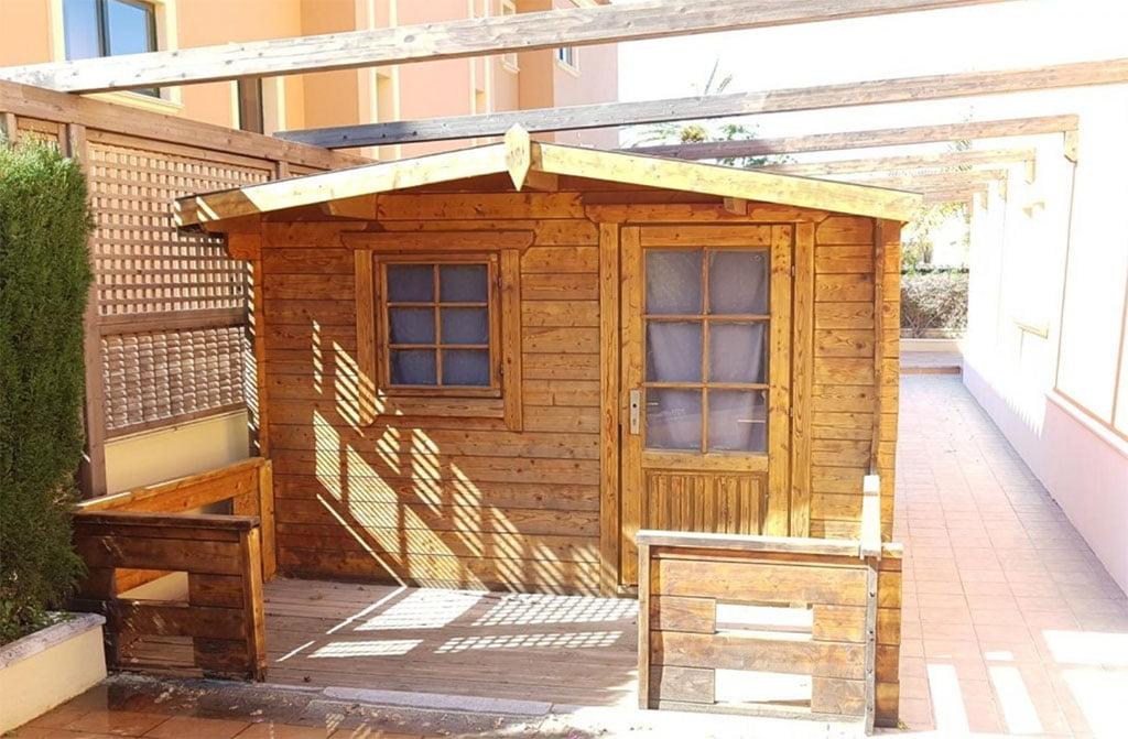 Casita de madera Vicens Ash Properties