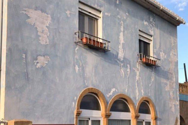 Fachada deteriorada - Pinturas Juanvi Ortolà