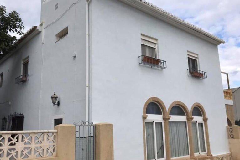 Fachada rehabilitada - Pinturas Juanvi Ortolà