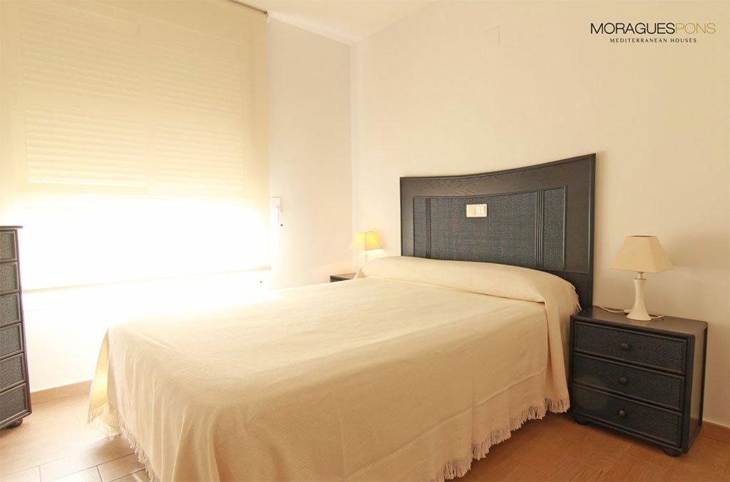 Фантастическая спальня MORAGUESPONS Средиземноморские дома