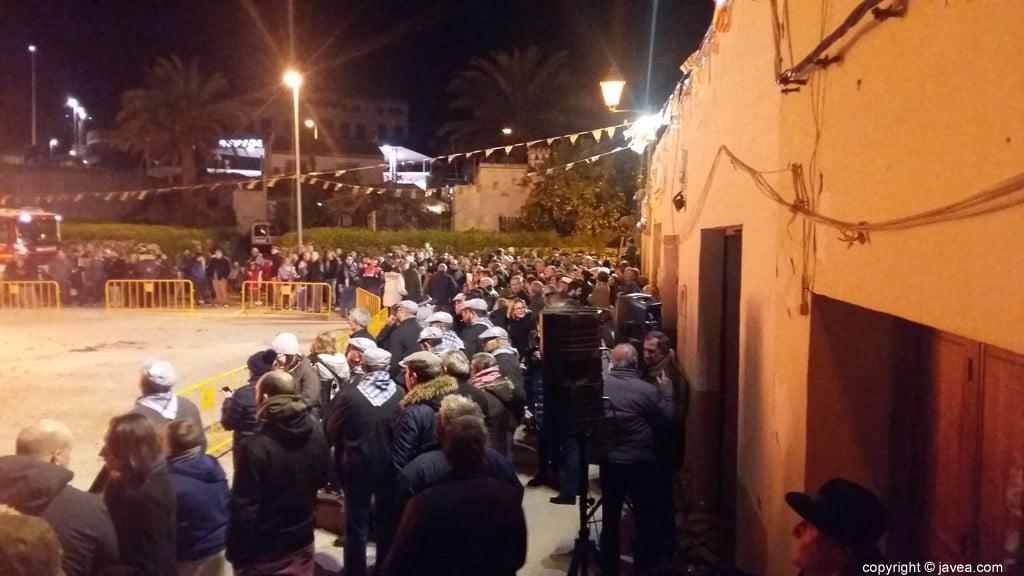 Xabia quema el pino de Sant Antoni