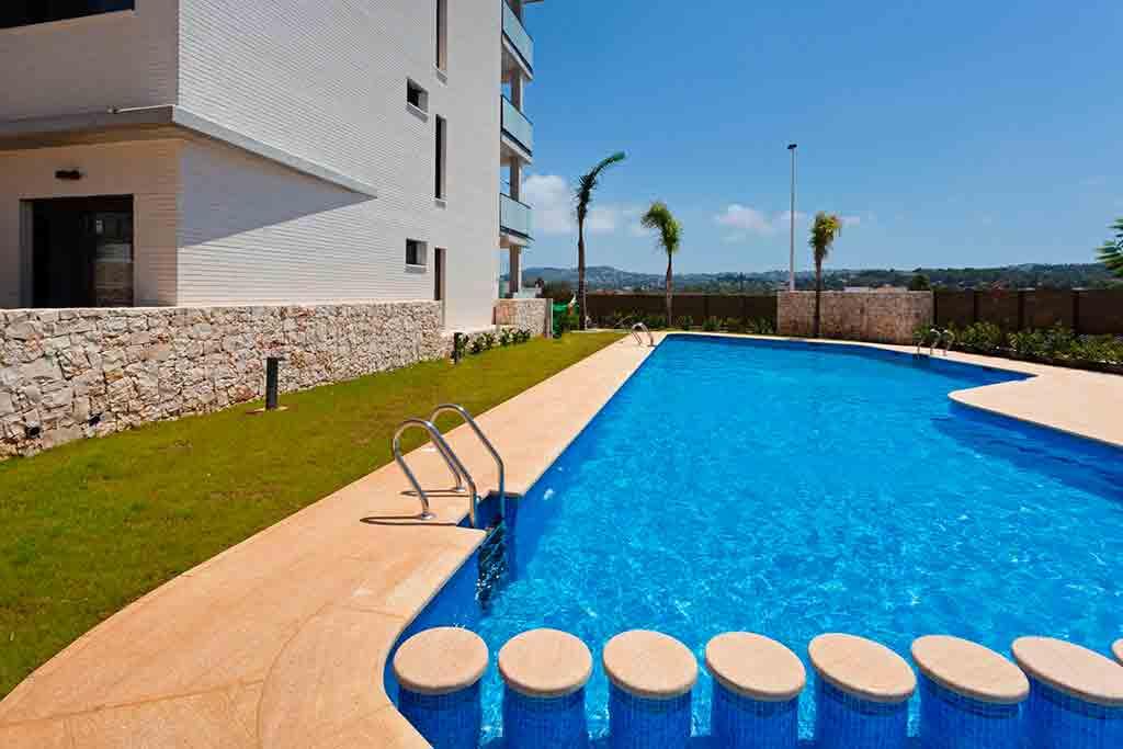 Mmc Property Services Ti Offre Un Appartamento Per Vacanze Con Piscina Comune E Ad Un Passo Dalla Spiaggia Di Arenal