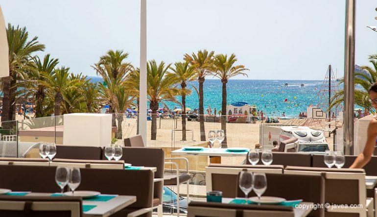 Terraza con vistas a la playa del Arenal - Restaurante La Terraza del Canal