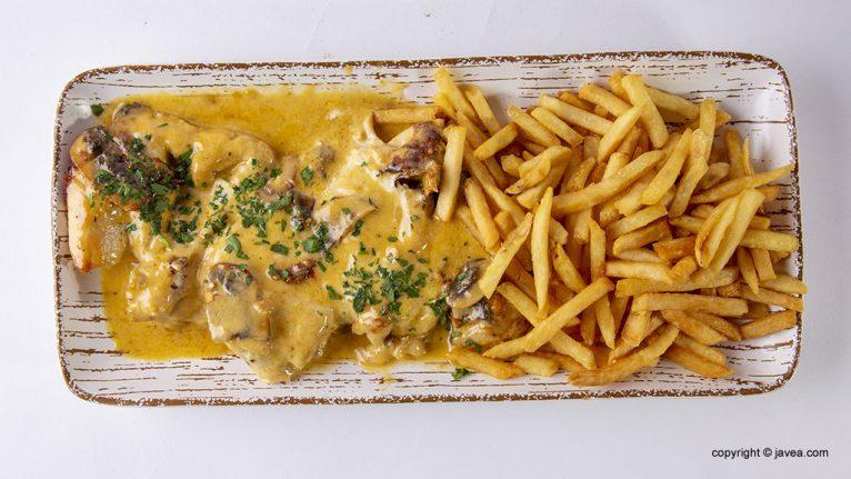 carne-en-salsa-restaurante-ammos