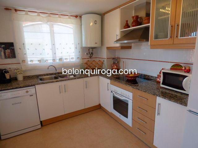 Cocina equipada Inmobiliaria Belen Quiroga