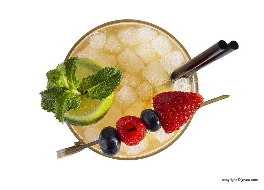 coctel-con-fruta-restaurante-ammos