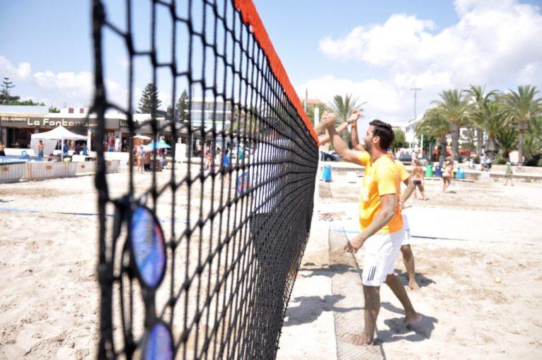 Tênis de praia em Jávea