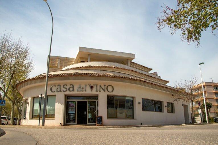 Tienda fachada Casa del Vino