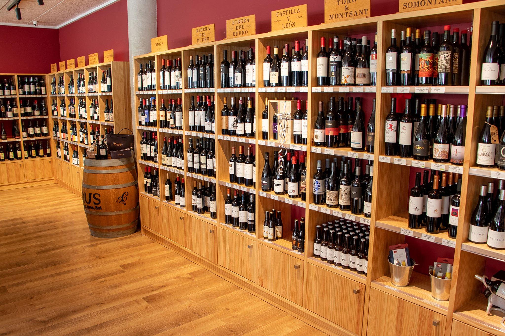 vinos-espanoles-separados-denominacion-origen-javea-casa-del-vino