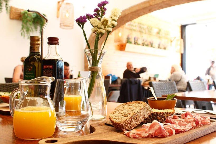Amplia Carta Restaurante Posidonia