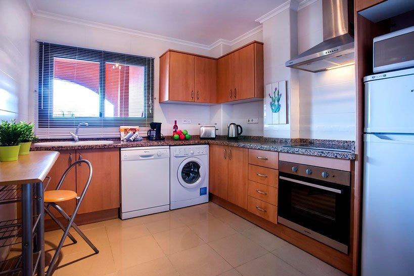 Cuina Apartament Puerto Aguila Rent a Vila