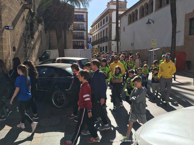 Desfile antorcha minijocs