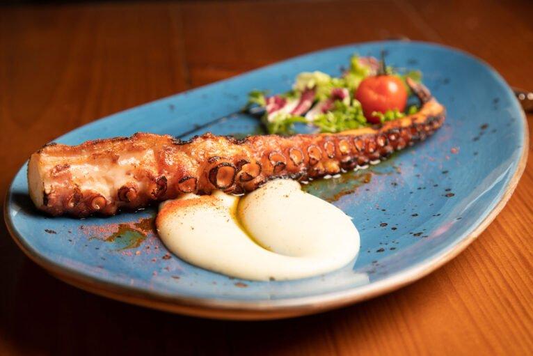 Pulpo a la brasa - Restaurante Posidonia