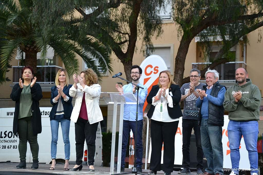 Candidatos de Ciudadanos en el Mitin de Thiviers