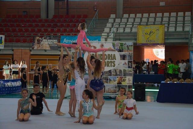 Exhibición gimnasia rítmica