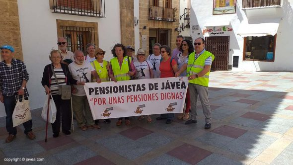 Calendario Laboral Javea 2020.Los Iaioflautas Continuan Con Su Reivindicacion Por Las Pensiones