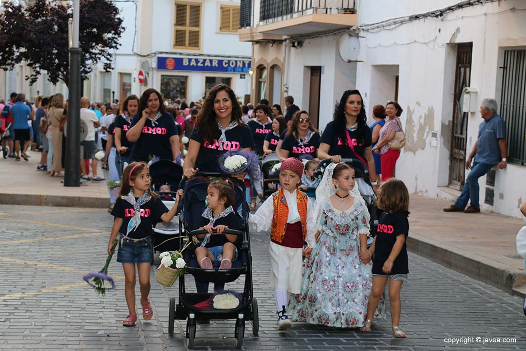 Ofrena de flors a Sant Joan-Fogueres 2019 (110)