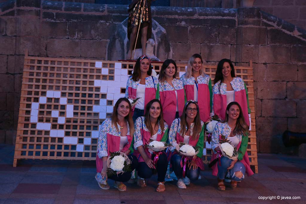 Ofrena de flors a Sant Joan-Fogueres 2019 (134)