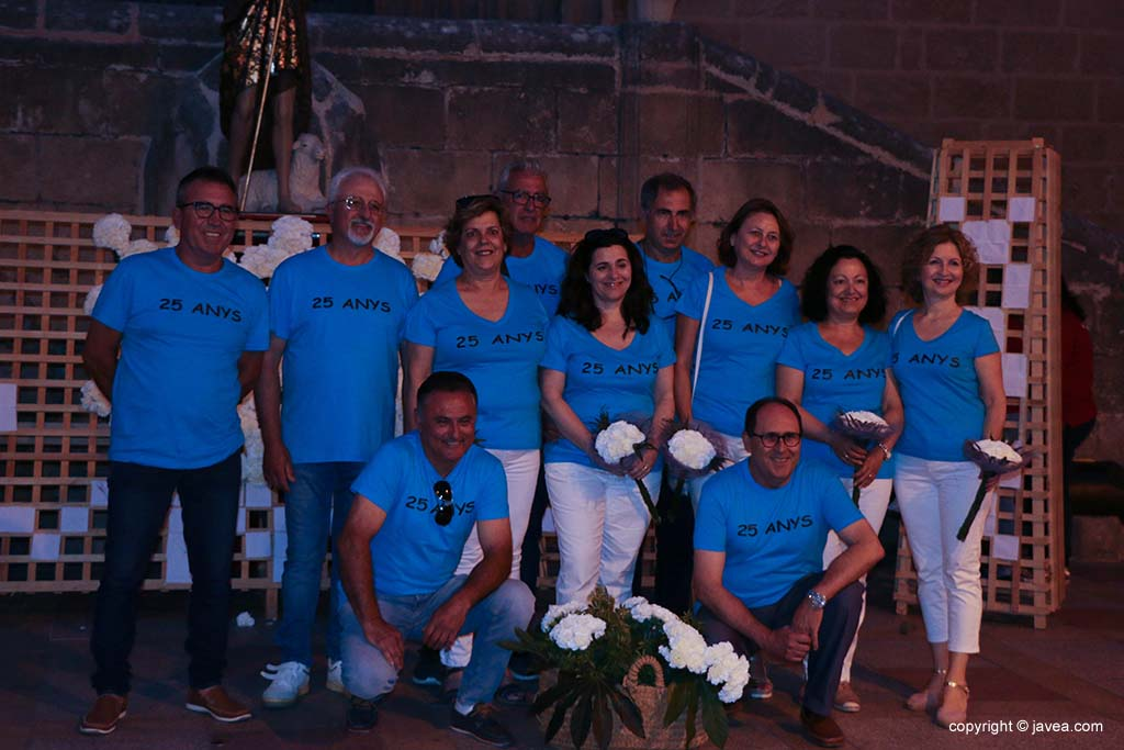 Ofrena de flors a Sant Joan-Fogueres 2019 (145)