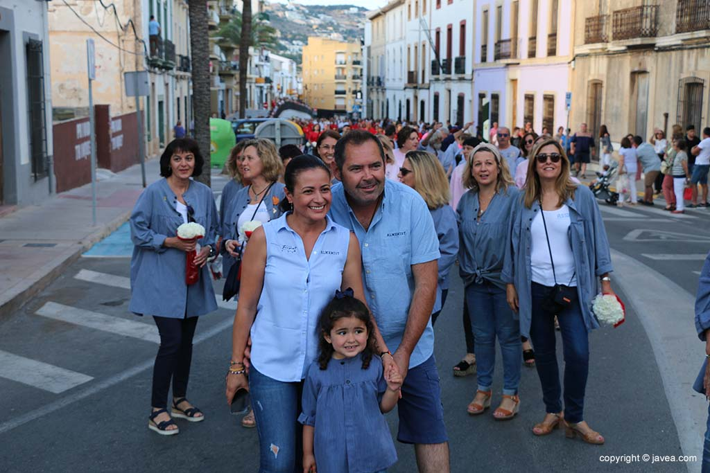 Ofrena de flors a Sant Joan-Fogueres 2019 (15)
