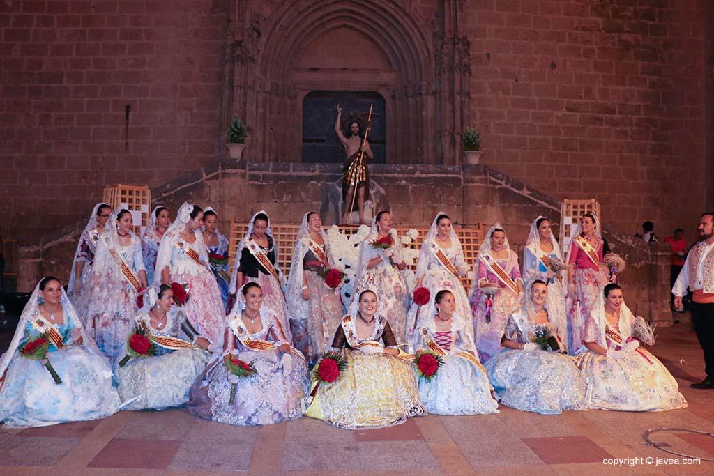 Ofrena de flors a Sant Joan-Fogueres 2019 (157)