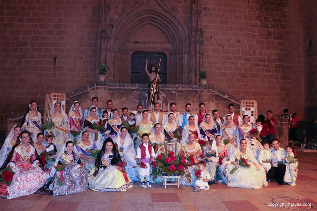 Ofrena de flors a Sant Joan-Fogueres 2019 (158)