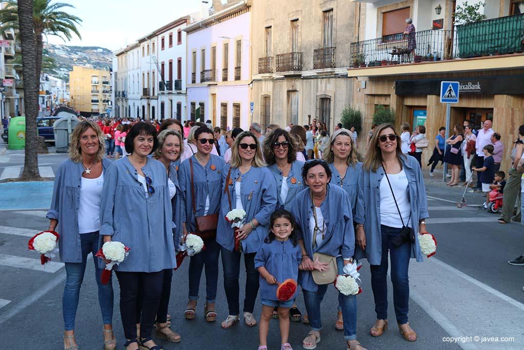 Ofrena de flors a Sant Joan-Fogueres 2019 (16)
