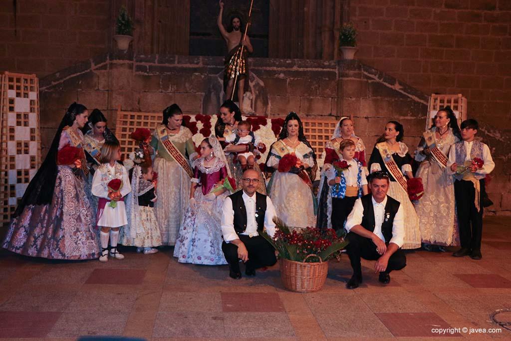 Ofrena de flors a Sant Joan-Fogueres 2019 (171)