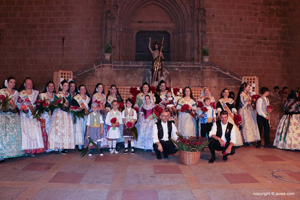 Ofrena de flors a Sant Joan-Fogueres 2019 (172)