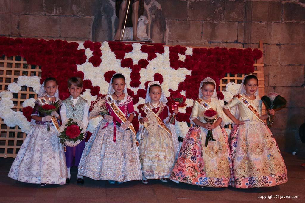 Ofrena de flors a Sant Joan-Fogueres 2019 (178)